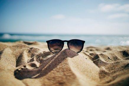 ethan-robertson-134952-unsplash-sunglasses